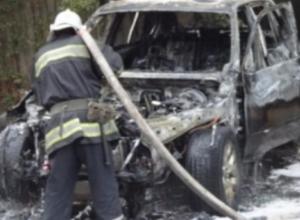 В Тамбове дотла сгорел автомобиль