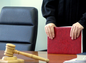 Взятки от 500 рублей до 80 тысяч рублей довели бывшего сотрудника Ростехнадзора до срока