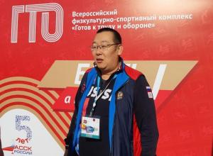 Посол ГТО от Тамбовской области Андрей Ким «размял» участников фестиваля ГТО в Ульяновске