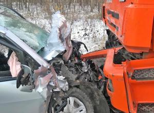 Водитель «NISSAN TIIDA» погиб в лобовом столкновении с «КамАЗом» на дороге в Пензу