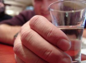 Распитие спиртных напитков довело двух моршанцев до больничной койки