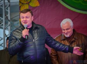 Губернатор поздравил  главу законодательной власти области Евгения Матушкина с днем рождения