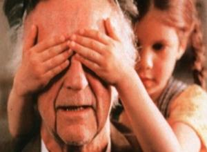 Пенсионера из Тамбова, пристававшего к 9-летней девочке, не задержали