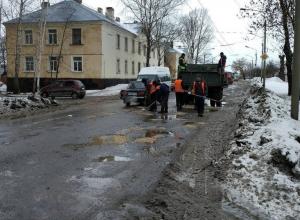 Депутаты городской Думы решили не верить на слово докладу о качестве дорог