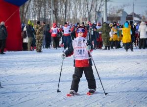 Самому юному  3 года, самому опытному почти 85. Тамбов встал на лыжи в парке «Дружбы»