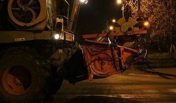 Водитель бензовоза попал под комбайн на гавриловском поле