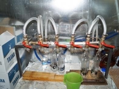 В Мичуринском районе полицейские прикрыли производство паленого алкоголя в промышленных масштабах