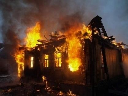 Трое человек сгорели в собственном доме в Рассказово
