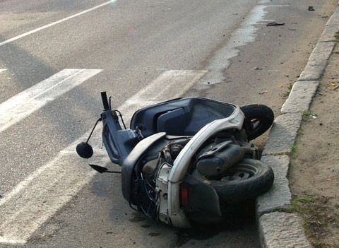Подросток на скутере попал под колеса «пятерки»