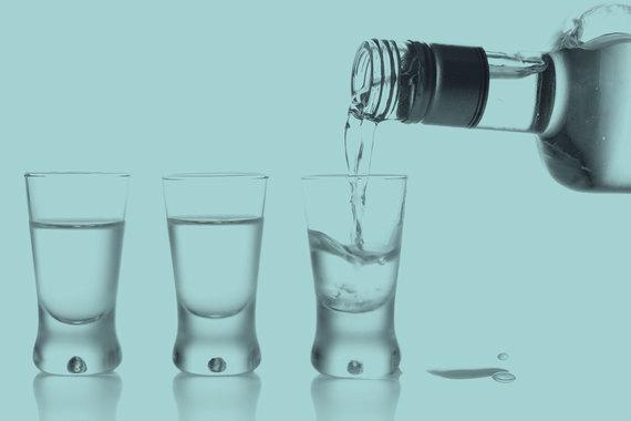 Жительница Первомайского района заплатит 50 тысяч рублей за незаконную торговлю спиртным