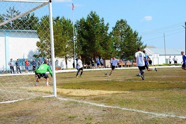 Молодёжка ФК «Тамбов» сыграла вничью с командной заключённых