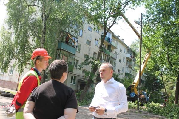 Качество работ по благоустройству дворов в «Центральной» проверено кандидатом