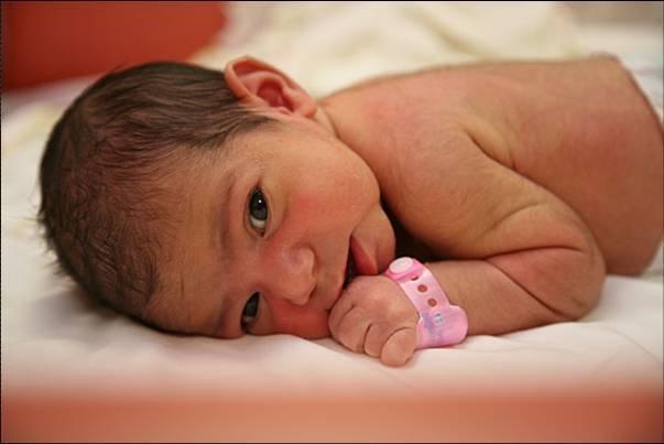 Виктория, София и Варвара, Михаил, Артём и Максим лидируют в именах тамбовских новорожденных.