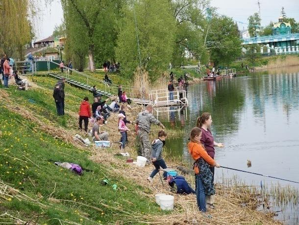 75-граммовую рыбу поймала тамбовчанка Влада Зюкина на детском рыболовном конкурсе