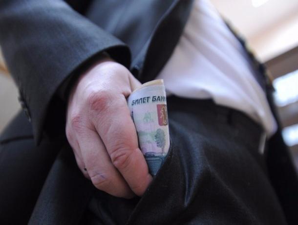 ВТамбове следователь УМВД поособо важным делам пойман навзятке