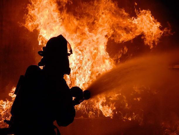 В областном центре снова сгорел сарай