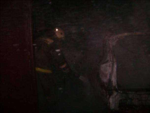 В ночном пожаре в Моршанском районе полностью выгорела машина