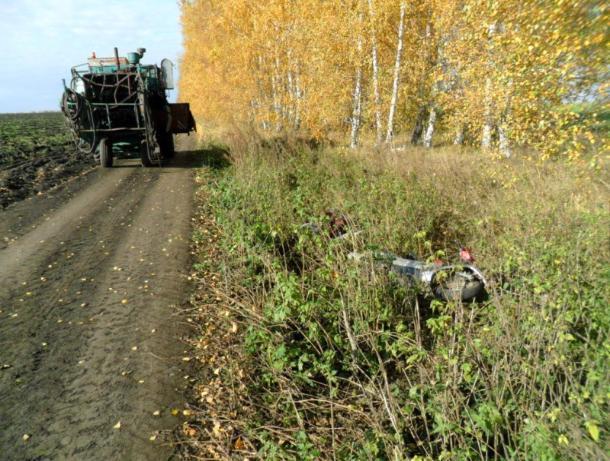 50-летний мужчина на скутере погиб при столкновении с комбайном