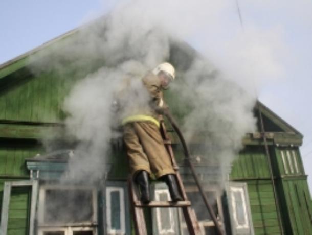 Мичуринский жилой дом остался без крыши в результате пожара