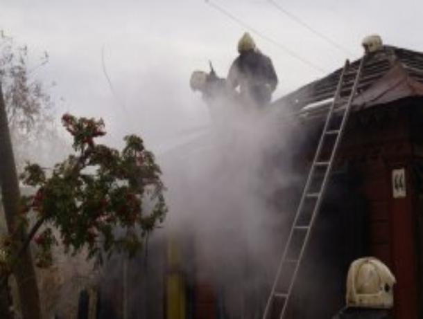 В Мордовском районе загорелся дом