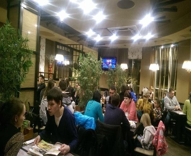 50-процентная скидка на суши превратила тамбовский ресторан в «Макдональдс» 90-х