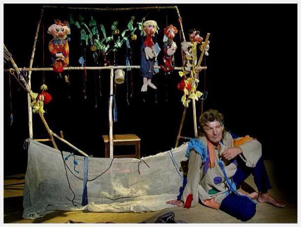 Экс-режиссер тамбовского кукольного театра создал альтернативный частный «Дядя театр»