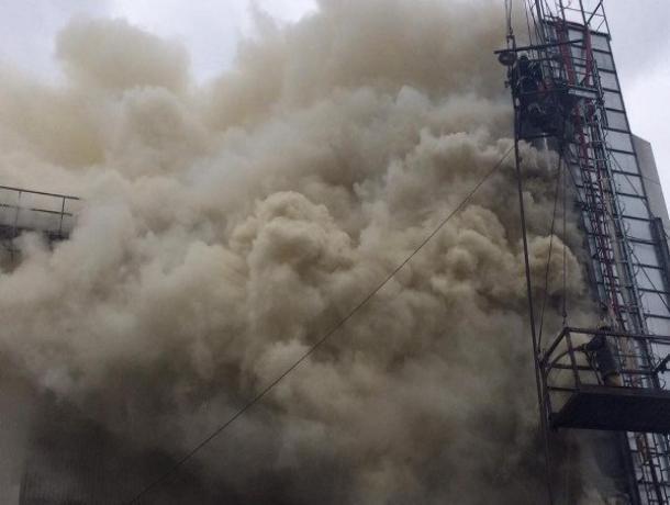 По Тамбовом сгорели 5 тонн семечек