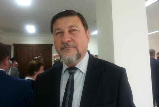 Руководителем фракции «Единая Россия» в областной Думе стал директор общеобразовательной школы