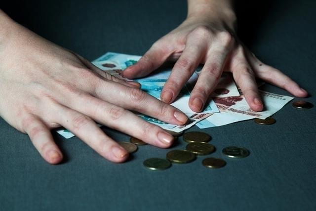 Саратово-ростовские гастролеры похитили у рассказовской пенсионерки 12 000 рублей