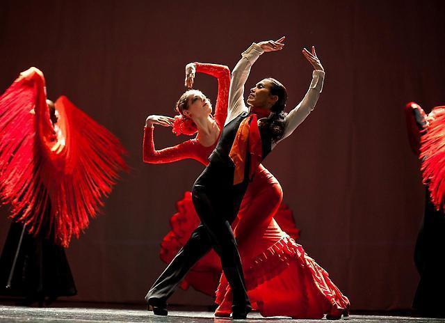 Хотите танцевать? В Тамбове с нуля обучат основам па фламенко и чечетки