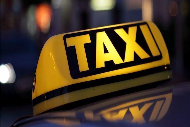 Тамбовский таксист ограбил разговорчивую пассажирку из Пензы
