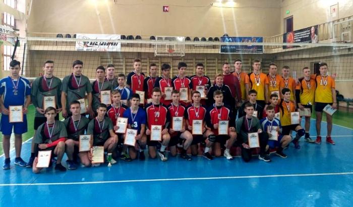 В Тамбове завершился межрегиональный турнир по волейболу