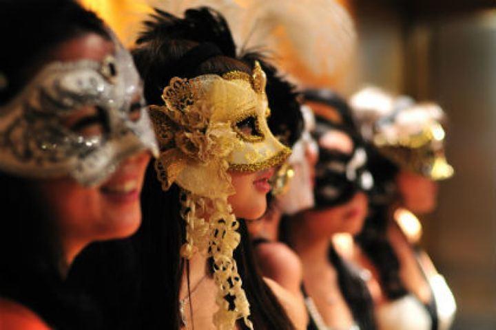 Тамбовчане смогут отыскать идеи карнавальных костюмов на новоиспеченной выставке вкраеведческом музее