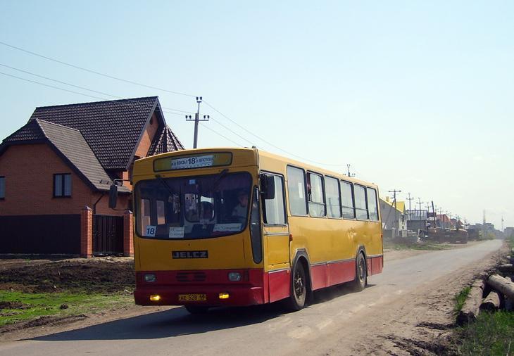 Расписание двух автобусов скорректировали для удобства учеников школы Сколково-Тамбов