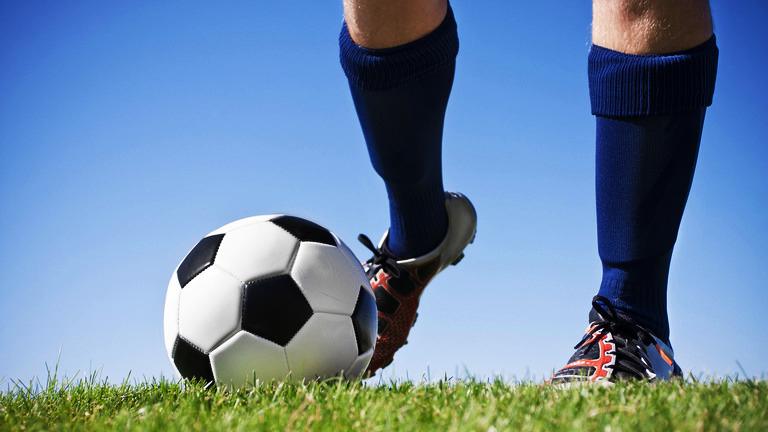 Обидное домашнее поражение потерпели тамбовские футболисты