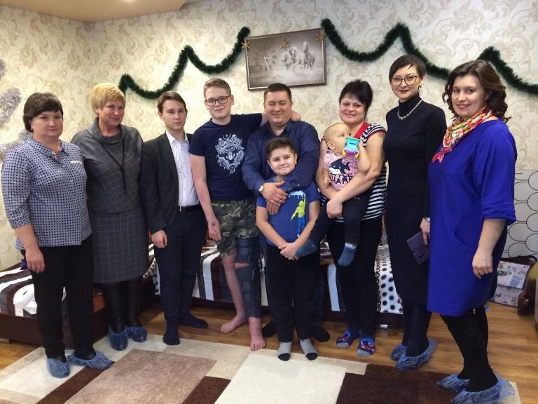Кирилл Кузнецов, написавший письмо Деду Морозу, получил подарки от губернатора