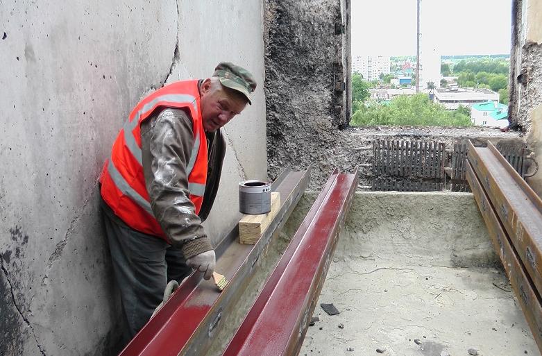 Полным ходом идут работы по ремонту жилого дома, пострадавшего от взрыва газа в Моршанске
