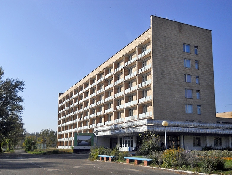 Здание Инжавинского санатория теперь принадлежит Токарёвской птицефабрике