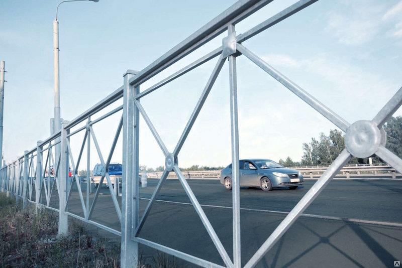 У светофоров на перекрестках Тамбова установят 15 новых пешеходных ограждений