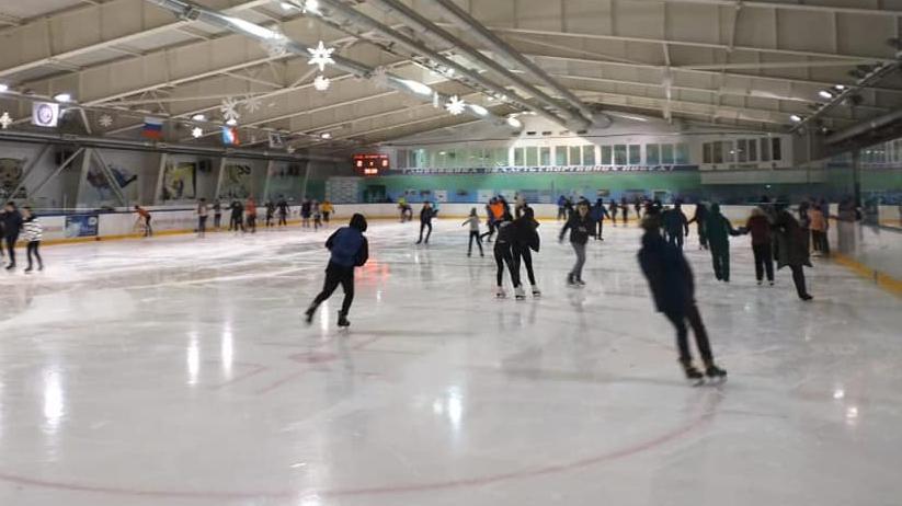 Массовые катания на ледовых аренах завершили «Крымскую весну» на Тамбовщине