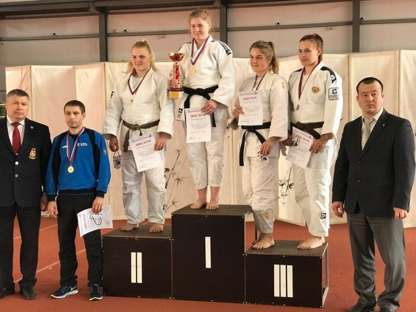 Рязанские дзюдоисты завоевали две золотые награды чемпионата ЦФО вВоронежской области