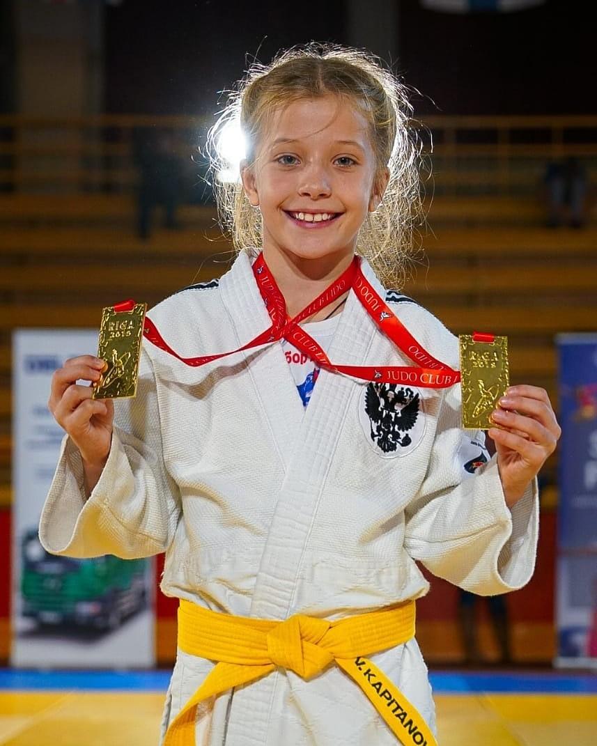 Юная тамбовчанка привезла домой две золотые медали по дзюдо