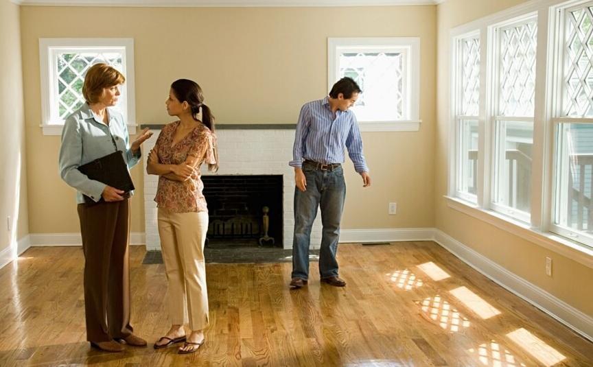 Как обезопасить покупку загородной недвижимости