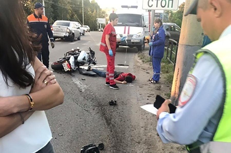 В ДТП на улице Астраханской мотоциклисту оторвало ногу