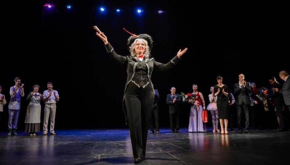 Прима тамбовского драмтеатра Валентина Попова отмечает День рождения
