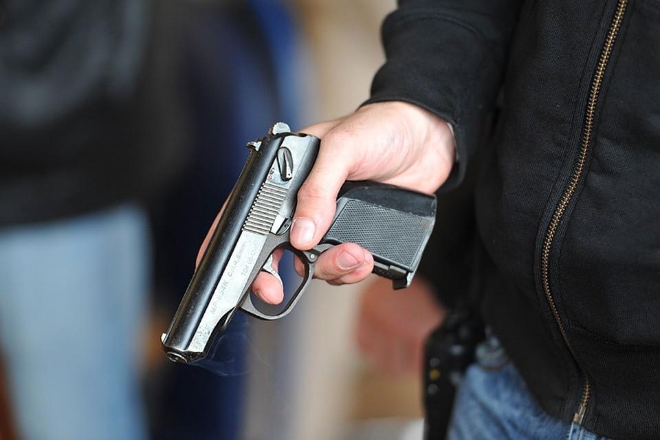 В баре Тамбова мужчина расстрелял посетителей из травмата