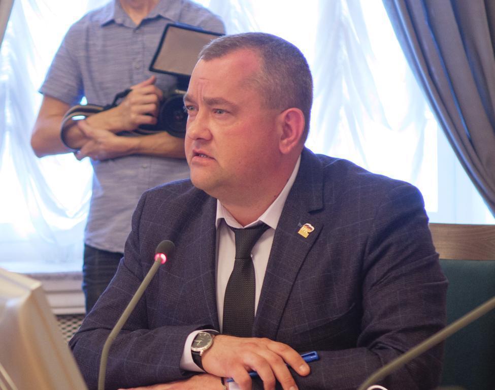 «Комментировать «Прямую линию» президента все равно, что объять необъятное,» - Олег Иванов
