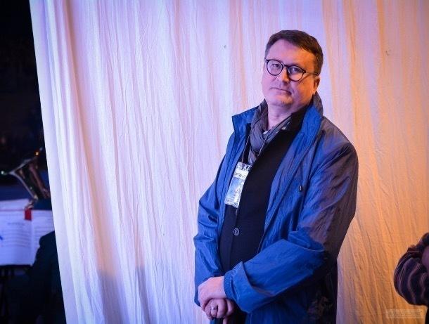 Лица города: Петр Куликов открывает занавес театральных тайн