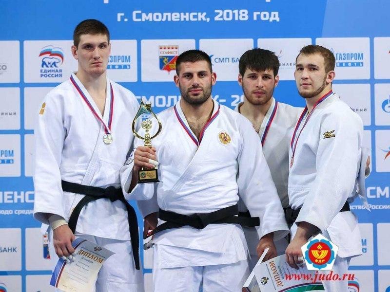 Бронзовым призером первенства России по дзюдо стал тамбовчанин Виталий Плешаков