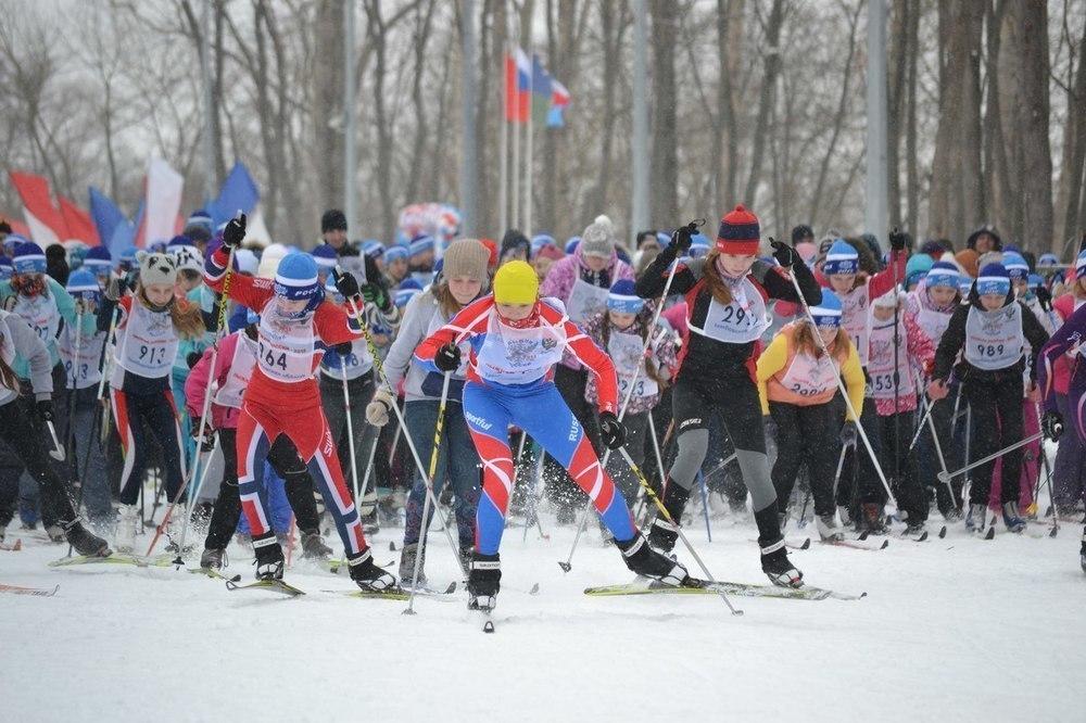 «Все на лыжи!» Масштабное спортивное событие стартует в субботу на лыжном стадионе в парке «Дружбы»